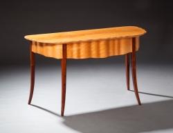 handmade custom desk table by furniture master Garrett Hack